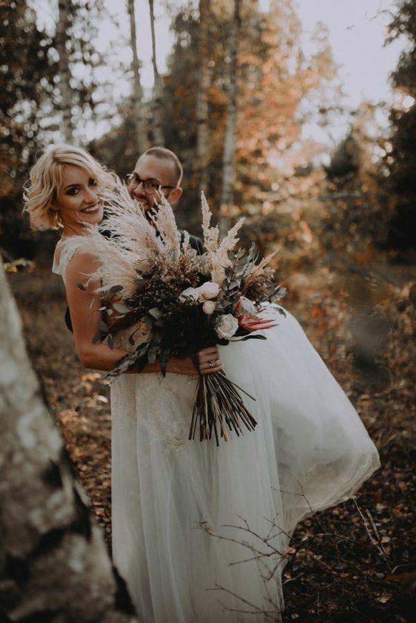bukiet-slubny-para-mloda-badylarz-magdaskierska-lodz-kwiaciarnia