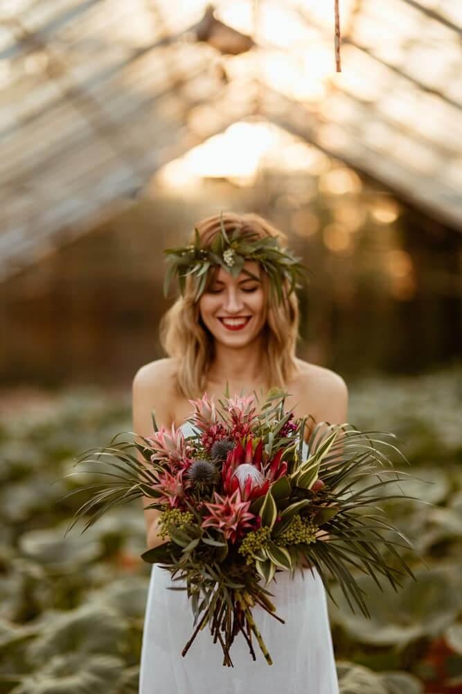 bukiet-slubny-boho-protea-ananas-kwiaciarnia-badylarz