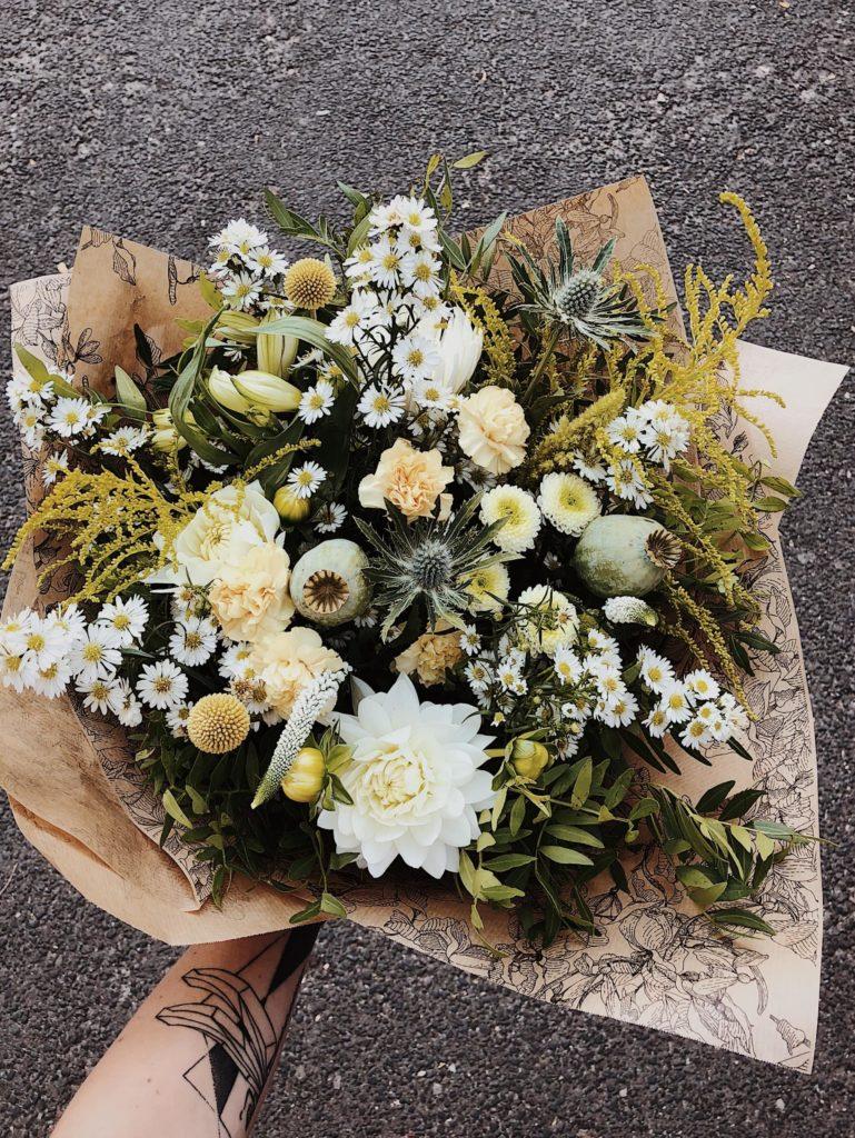 bukiet-okolicznosciowy-kwiaciarnia-badylarz