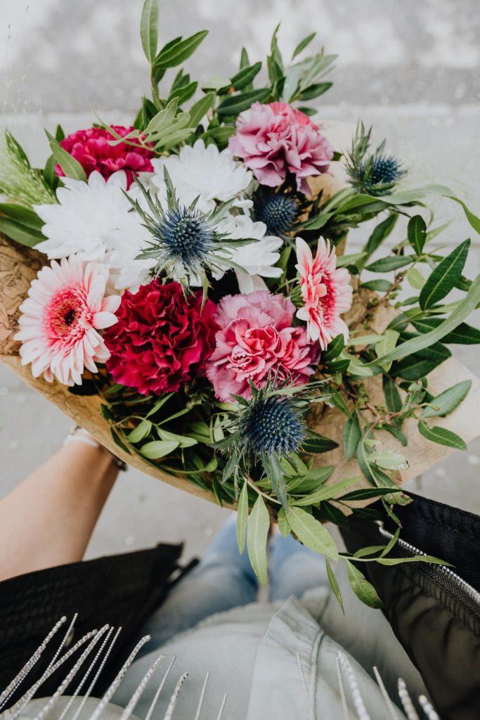 bukiet-okolicznosiowy-gerbera-kwiaciarnia-badylarz