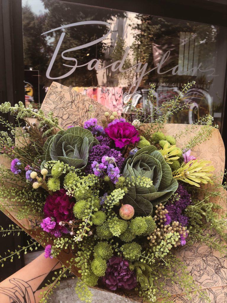 bukiet-kwiatow-kapusta-gozdzik-kwiaciarnia-badylarz