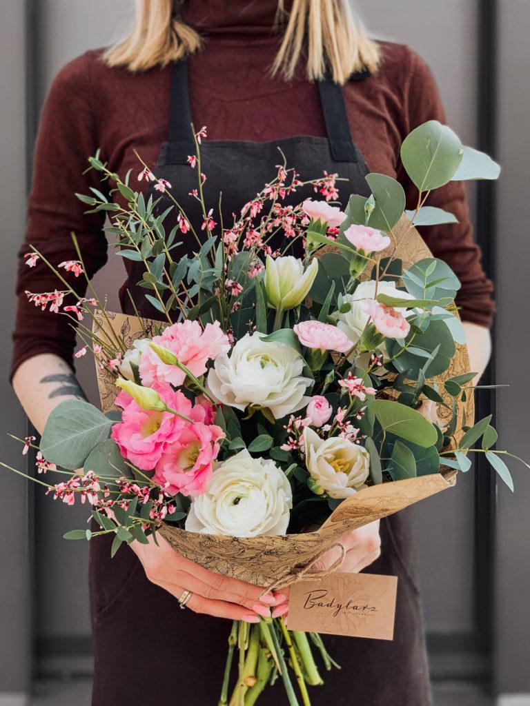 bukiet-okolicznosciowy-jaskry-eukaliptus-kwiaciarnia-badylarz