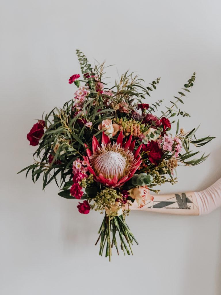 bukiet-slubny-boho-protea-kwiaciarnia-badyalrz