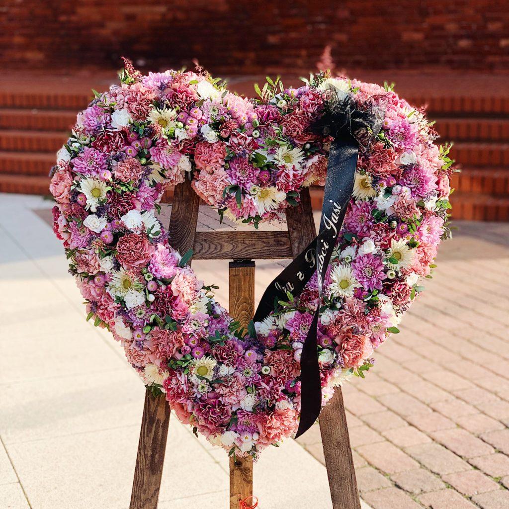 Wieniec_serce_różowe